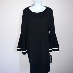 Dresses & Skirts - NWT bell sleeve dress